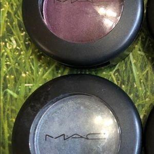 MAC eyeshadows-set of 2